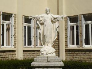 statue-sacre-coeur-jesus-st-jacut